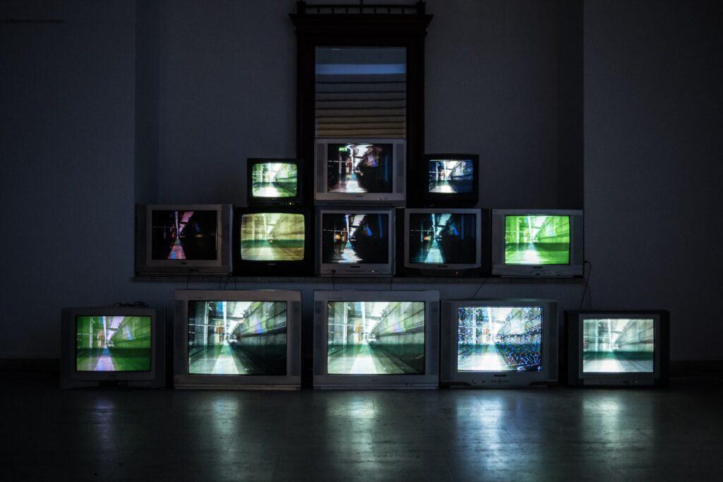 交易最前線:賣出電視劇本你能賺多少?